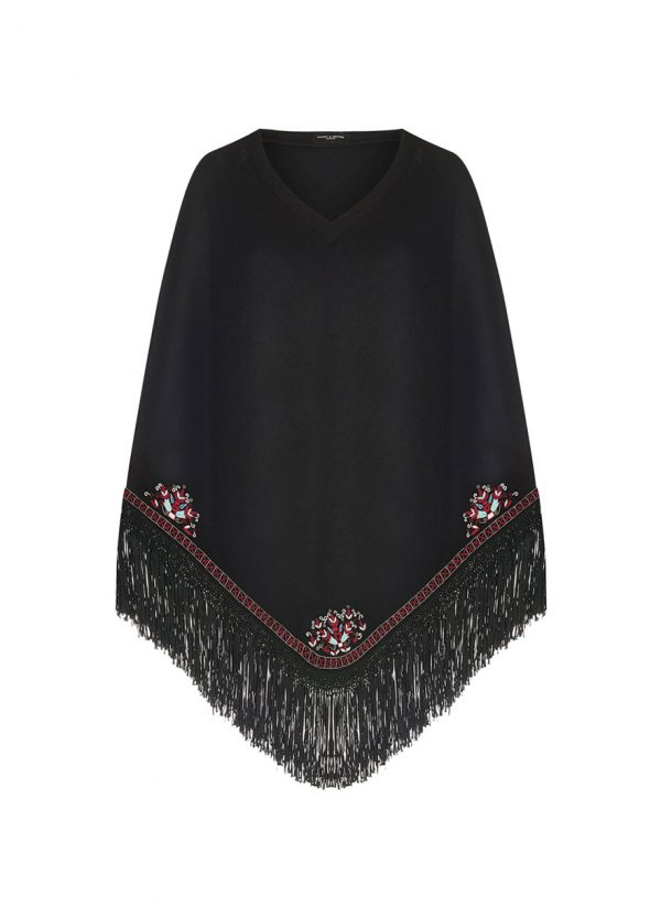 Lucia-Poncho-Front